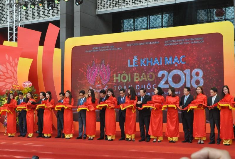 Tưng bừng khai mạc Hội Báo toàn quốc 2018