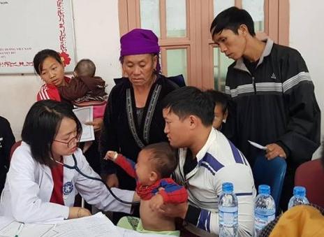 Thầy thuốc trẻ tình nguyện vì sức khỏe cộng đồng