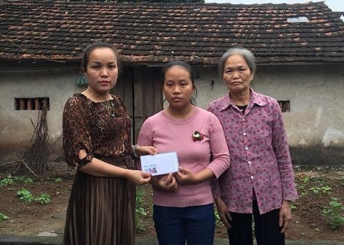 Quyên góp hỗ trợ gia đình đoàn viên có hoàn cảnh đặc biệt khó khăn