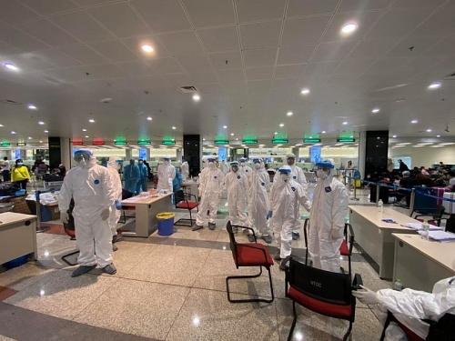 Hà Nội tiếp tục tăng cường giám sát y tế tại sân bay Nội Bài