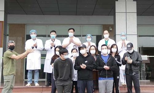 Thêm 11 bệnh nhân Covid-19 được công bố khỏi bệnh