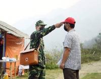 Gác lại tình cảm riêng,nhiều chiến sĩ biên phòng ở lại cùng đồng đội chống dịch Covid-19