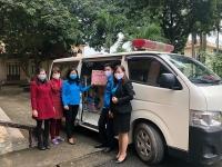 LĐLĐ huyện Ứng Hòa: Tặng hơn 8.000 tấm bảo hộ chống dịch Covid-19