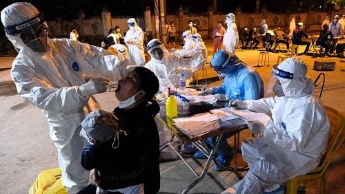 Hơn 1000 trường hợp F1, F2 liên quan đến bệnh nhân 262 làm việc tại Samsung Bắc Ninh
