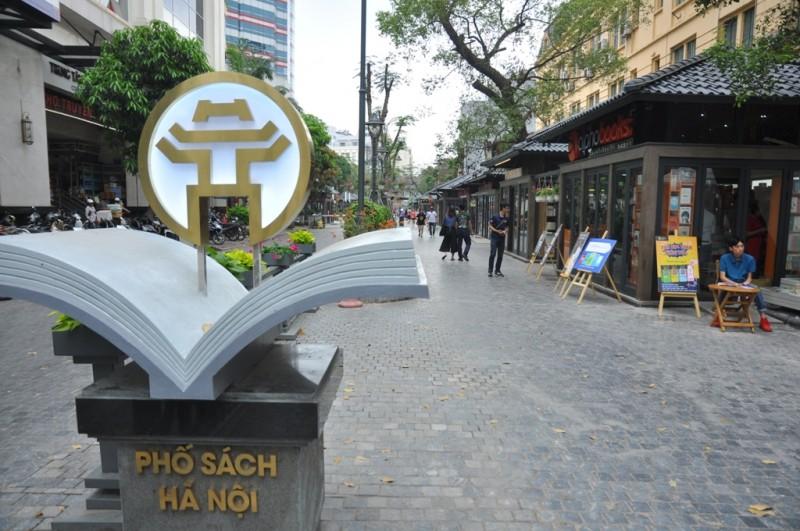 Phố Sách - điểm hẹn thú vị của người dân Thủ đô