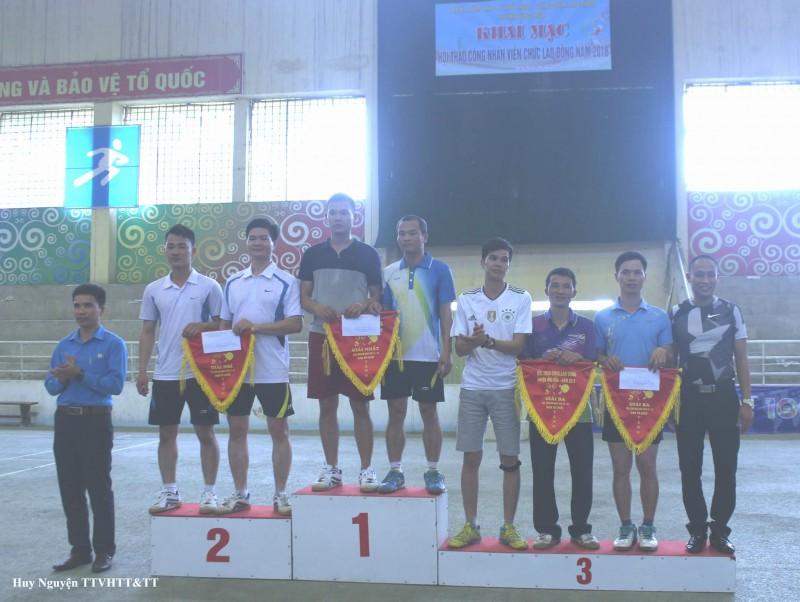 Gần 300 CNVCLĐ huyện Ứng Hòa tham dự hội thao năm 2018
