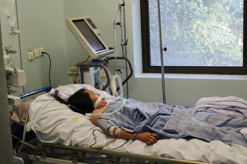 Thêm một phụ nữ nguy kịch vì viêm não mô cầu