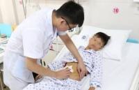 Phẫu thuật nội soi thành công chấn thương bụng kín vỡ ruột non cho bệnh nhi