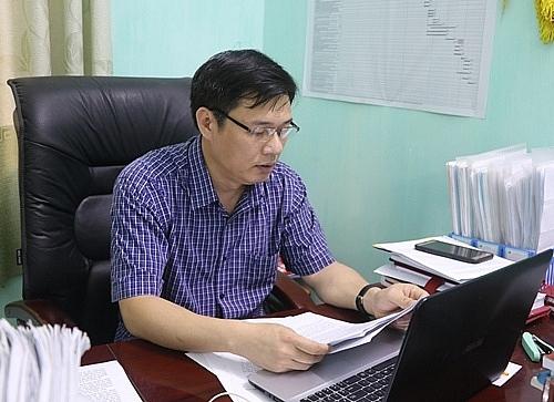 Hội nghị trực tuyến mạn đàm về tiểu sử của ứng cử viên đại biểu Quốc hội và Hội đồng nhân dân