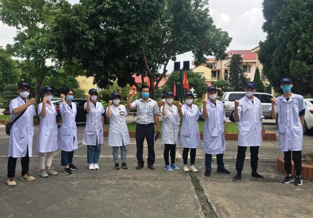 60 sinh viên Đại học Y xông pha tới tuyến đầu chống dịch tại Bắc Ninh