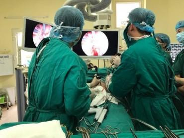 Bệnh viện K: Ứng dụng kỹ thuật tiên tiến trong phẫu thuật nội soi ung thư thực quản nạo vét hạch 3 vùng