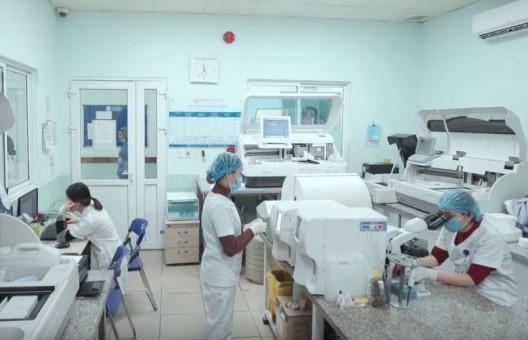 Hỗ trợ thực hiện thụ tinh trong ống nghiệm miễn phí cho 10 cặp vợ chồng vô sinh