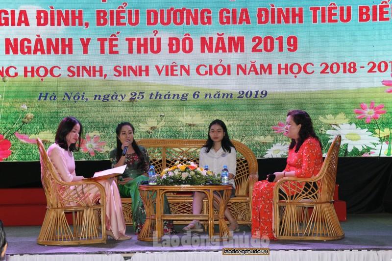 cong doan nganh y te ha noi bieu duong khen thuong 106 gia dinh tieu bieu