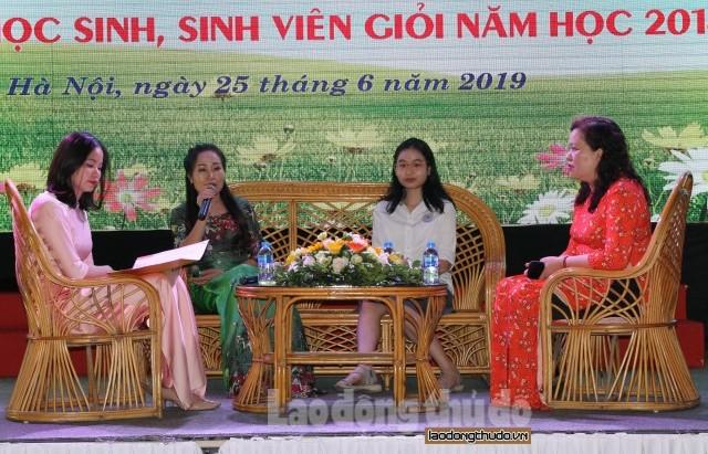 Công đoàn ngành Y tế Hà Nội: Biểu dương, khen thưởng 106 gia đình tiêu biểu
