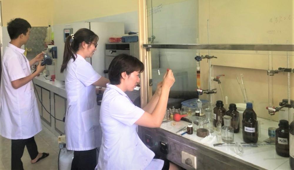 Việt Nam tổng hợp thành công thuốc điều trị Covid-19 nhờ phương pháp mới