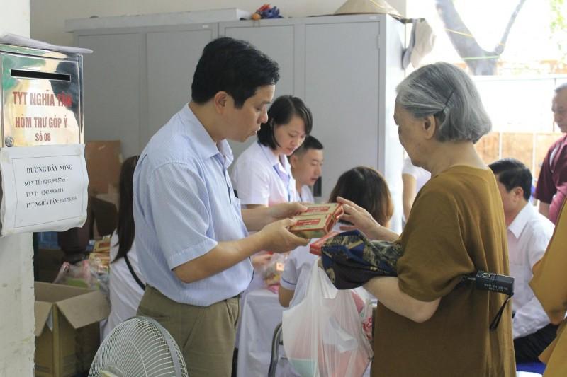 Khám chữa bệnh miễn phí cho 280 đối tượng chính sách