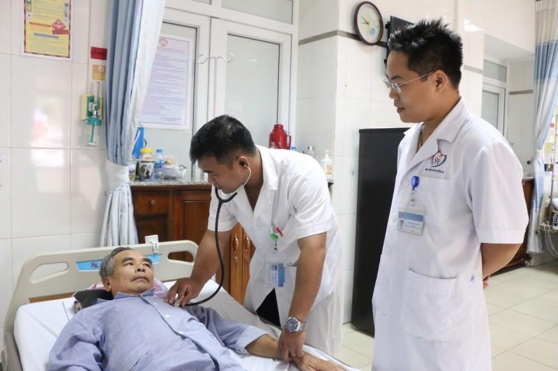 Cứu sống bệnh nhân đã ngừng tuần hoàn trong 8 phút