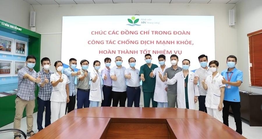 Gần 150 y, bác sĩ chuyên môn cao tới thành phố Hồ Chí Minh chống dịch