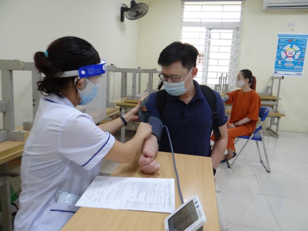 Quận Hai Bà Trưng triển khai 9 điểm tiêm vắc xin phòng Covid-19