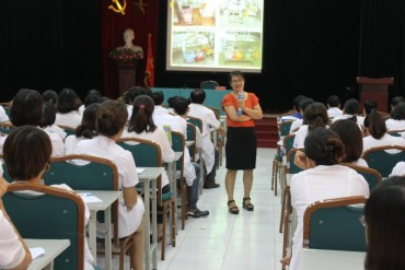 Bệnh viện E: Tổ chức tập huấn phòng ngừa và kiểm soát nhiễm khuẩn