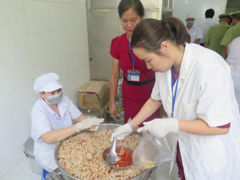 Tăng cường công tác kiểm tra các cơ sở sản xuất Bánh Trung thu