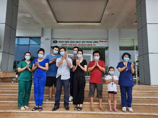 Thêm 4 ca mắc Covid-19 là người nhập cảnh, Việt Nam có 1.044 bệnh nhân