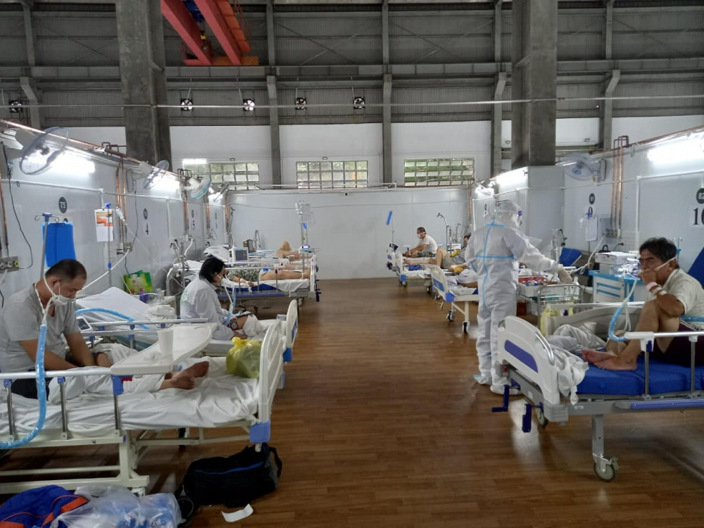 """Bệnh viện Dã chiến 16: """"Nóng"""" đường dây nóng tại Trung tâm Hồi sức tích cực Covid-19"""