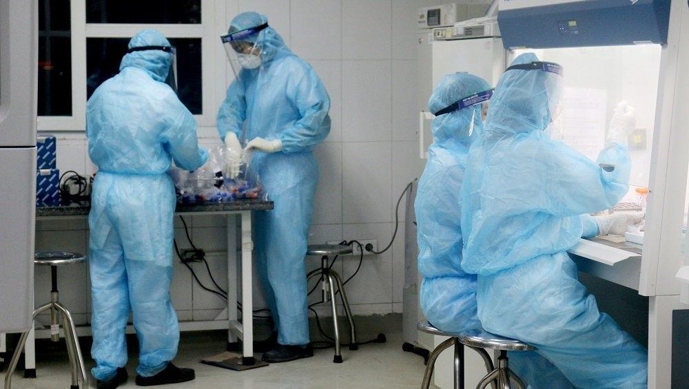 Người đàn ông tử vong trong tư thế treo cổ ở công viên Thành Công (Ba Đình, Hà Nội) dương tính với vi rút SARS-CoV-2