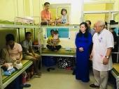 Bộ trưởng Bộ Y tế: Tạo mọi điều kiện tốt nhất để hỗ trợ bệnh nhi và gia đình