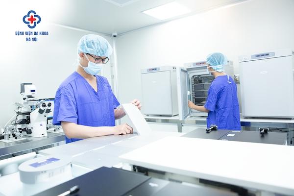 Ra mắt 3 Trung tâm kỹ thuật cao: Tạo bước ngoặt lớn chuyển mình trong lĩnh vực y tế
