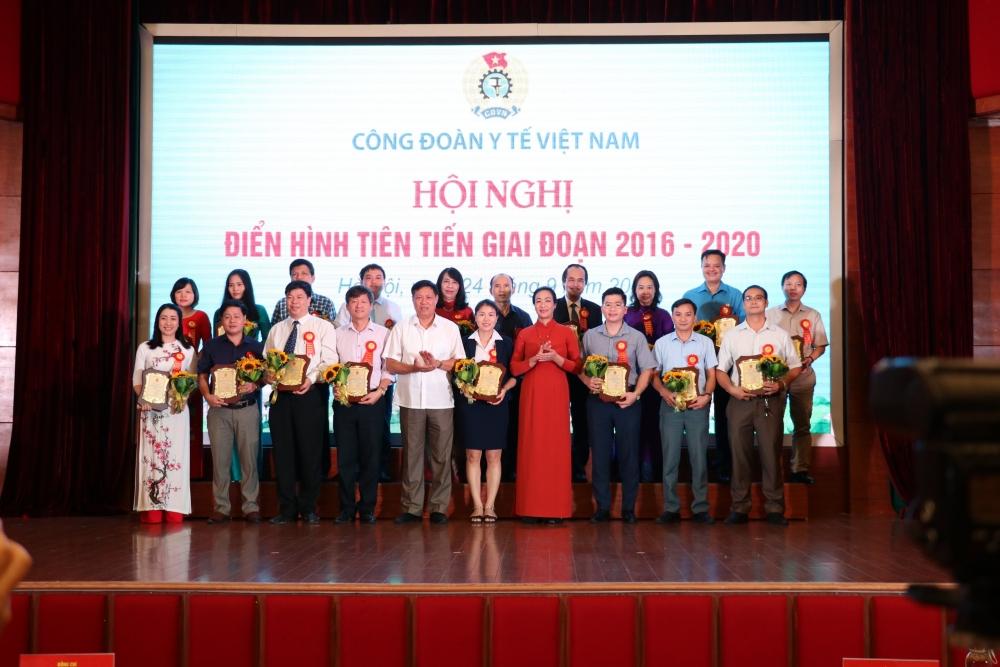 Công đoàn Y tế Việt Nam: Tôn vinh điển hình tiên tiến giai đoạn 2016- 2020