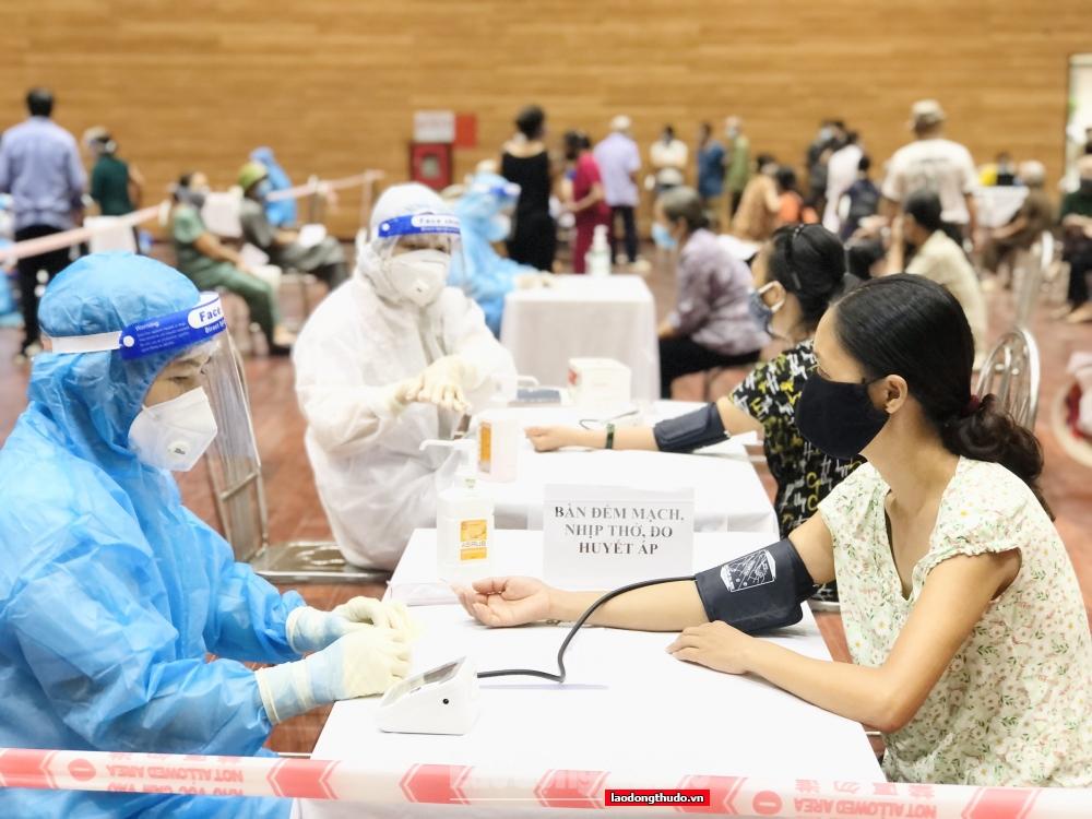 Kỷ niệm 67 năm Ngày Giải phóng Thủ đô: Y tế Thủ đô vươn lên tầm cao mới