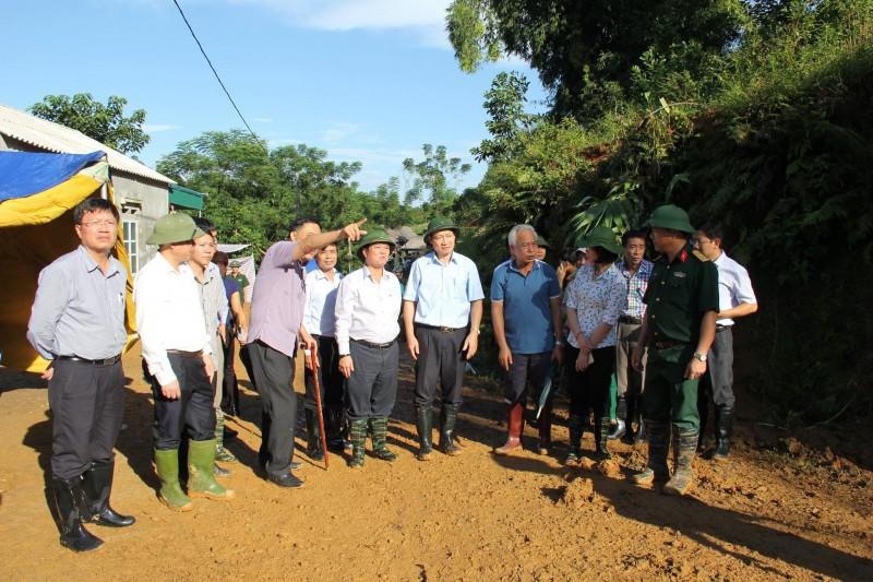 Ngành Y tế Hoà Bình cứu hộ kịp thời các nạn nhân trong vụ sạt đất