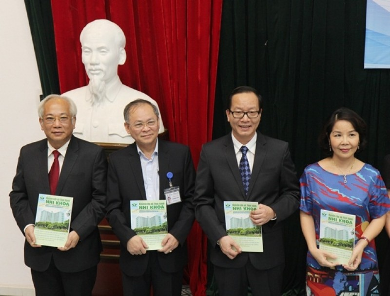 Ra mắt Tạp chí nghiên cứu và thực hành nhi khoa