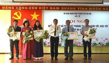"""Nhiều y, bác sĩ của Hà Nội được tôn vinh """"Người tốt, việc tốt"""""""