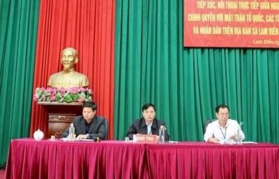 Người đứng đầu cấp ủy, chính quyền trực tiếp đối thoại với nhân dân