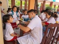 Phối hợp chăm sóc sức khỏe răng miệng cho học sinh