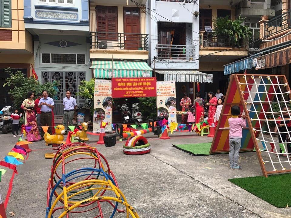 """Sáng kiến sân chơi di động cho trẻ em """"Vì sức khỏe cộng đồng"""""""