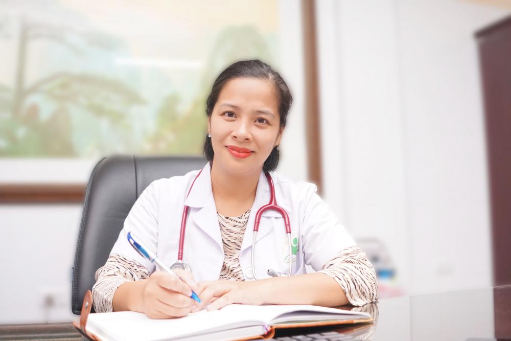 Nữ bác sĩ gây mê hồi sức say mê nghiên cứu khoa học