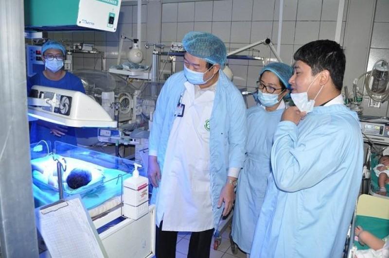 Bộ Y tế: Đề nghị chăm sóc tối đa cho trẻ sơ sinh chuyển lên từ Bắc Ninh