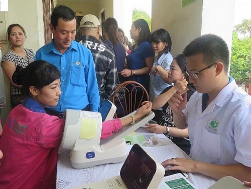Cùng chung tay chăm sóc sức khỏe cho công nhân lao động