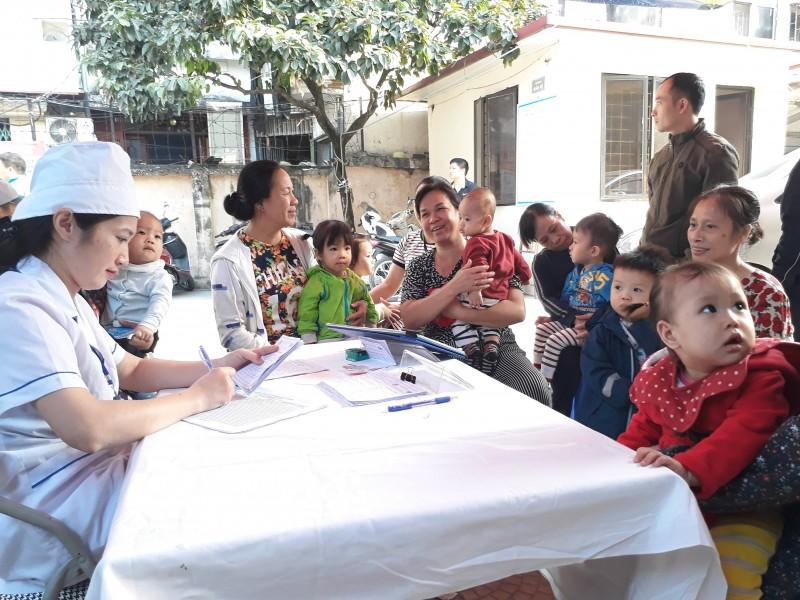 Hà Nội: Hưởng ứng chiến dịch bổ sung vitamin A liều cao đợt 2 năm 2018