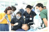 18 bệnh nhân được cấy ghép răng implant miễn phí