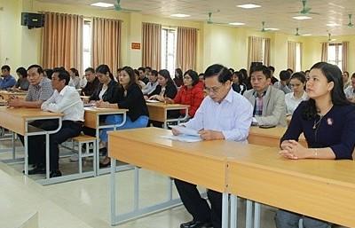 Khai giảng lớp bồi dưỡng lý luận chính trị cho 114 đảng viên mới