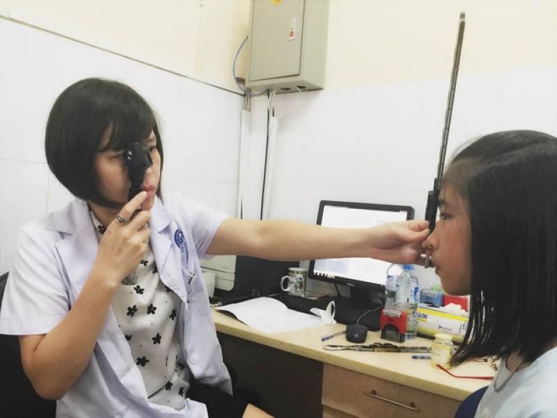 Cảnh báo gia tăng tỷ lệ cận thị ở học sinh, sinh viên