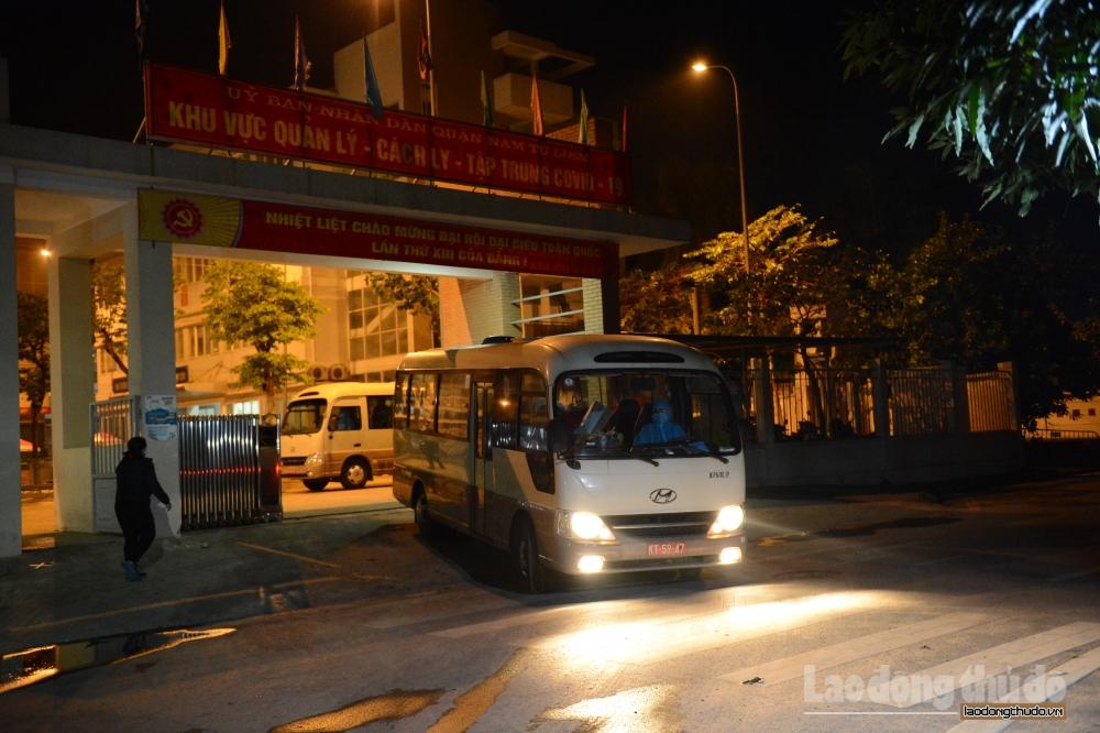 Tin vui: 15 học sinh Trường Tiểu học Xuân Phương được về nhà cách ly, đón Tết cùng gia đình
