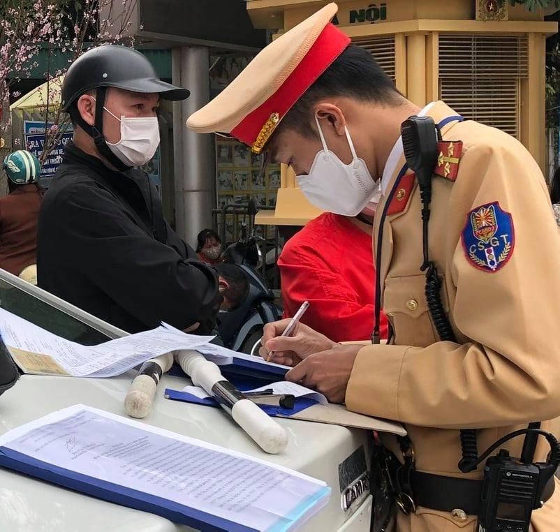 Hà Nội: Xử lý lái xe vi phạm nồng độ cồn, không có khái niệm du di, kiêng khem năm mới