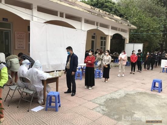 Quận Nam Từ Liêm: Thực hiện lấy mẫu xét nghiệm cho người về từ vùng dịch