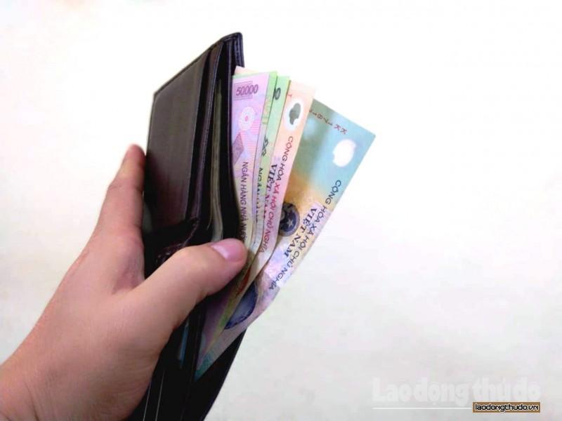 doanh nghiep bi phat den 100 trieu dong neu tra luong khong dung han
