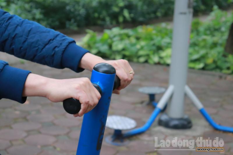 Cảnh báo nguy cơ lây nhiễm Covid-19 khi tập thể dục nơi công cộng
